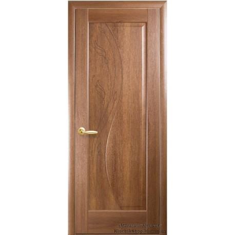 Двері Ескада / Покриття ПВХ-Deluxe / Суцільні з гравіюванням / Декор вільха золота