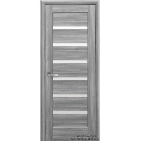Двері Ліннея / Покриття ПВХ-Deluxe / Скло сатин / Декор бук попелястий