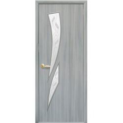 Двері Камея / Покриття екошпон / Скло сатин та мал. Р3 / Декор ясень патина