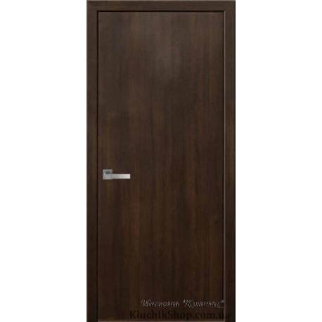 Двері Стандарт / Суцільні / Декор каштан